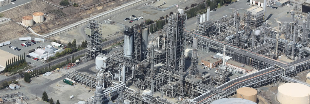 refinery-109025_1920-1